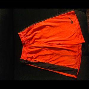 Nike boys dri-fit shorts size small